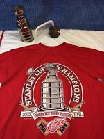 Detroit Red Wings NHL 2002 STANLEY CUP  Champs T Shirt  Size L Large c21