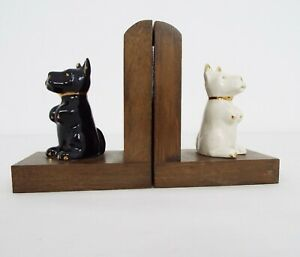Pair of Scotty Dog bookends - White & Black wooden bookends