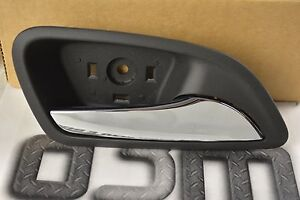 2011-2016 Chevrolet Cruze RH Side Door Inside Handle Chrome new OEM 95175660