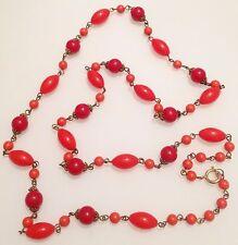 collier ancien metal couleur or  perle ronde et olive de couleur rouge 373