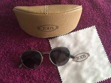 TOD'S Sonnenbrille mit Etui, Modell TO 140 96K 51 20 145*3