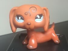 Littlest Pet Shop  Dachshund #640 Puppy Dog Brown Swirl  Blue Diamond Eyes