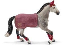 - SHL42456 - Figurine de l'univers HORSE CLUB - Jument Trakehnen -