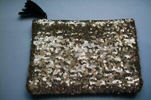 1 Glitzy Gold Sequins/Black Vinyl Ipsy Makeup/Travel Bag With Zipper Closure