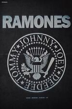 RAMONES - A3 Poster (ca. 42 x 28 cm) - Clippings Fan Sammlung NEU
