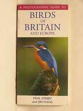 A Photographic Guide to Birds of Britain and Europe, Flegg, Jim, Sterry, Paul, V