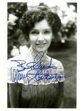 MARY STEENBURGEN, ACTRESS OSCAR WINNER INSCRIBED & SIGNED 8X10 PHOTO WITH COA