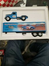 ERTL Founding Fathers Series Fireball Roberts' '37 Ford Tractor Trailer In Blue.