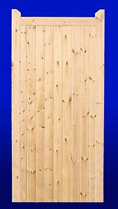 QUALITY HAND MADE TIMBER GARDEN GATE (2'6' Wide  X 6' High)