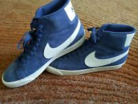 Women's Designer Vintage Suede Sports Shoe size 12 . Blue and White. 917862 400