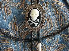 Nouveau exclusif pirate tête de mort bolo tie en métal argenté, goth, Western