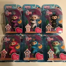 Authentic Fingerlings Complete Set of 6 WowWee Fingerling Bonus Stand