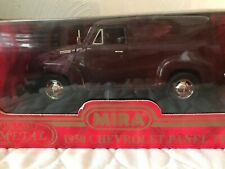 1950 CHEVROLET PANEL TRUCK Mira Golden Line Collection 1:18