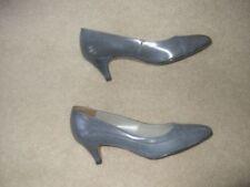 Narrow (2A) Court Casual Heels for Women