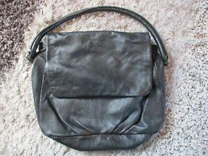 Fat Face Leather Handbag Bag Black Magnetic Closure  Size Medium
