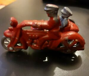 ANTIQUE HUBLEY 1930s CAST IRON COP MOTORCYCLE WITH SIDE CAR