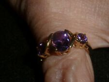 10K SOLID YELLOW THREE STONE AMETHYST RING - SIZE 7 1/4 - 2.46 G