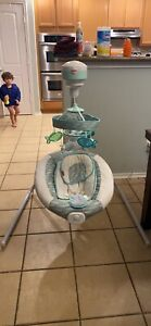 Fisher Price Baby Swing 2015  Soothing River Cradle 'n Swing Fish (TESTED) CMR46