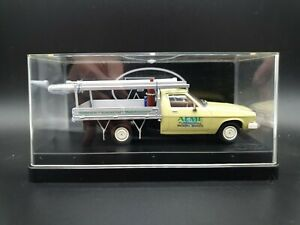 Trax TR45E Holden HQ One-Tonner Tray 1:43 Diecast Model in Plastic Display Box