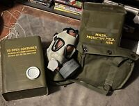 (1) M9 US MILITARY GAS MASK NEW SEALED CHEMICAL BIOLOGICAL ARMY VINTAGE M9A1