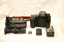Canon Eos 5D Mark Iv 30.4Mp Digital Slr Camera with Grip