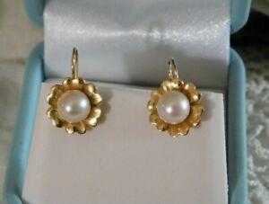 14k Yellow Gold Pearl 7mm Flower Earrings 1.9 Grams