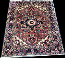 A Nice Decorative Baby Square Size Herize Rug