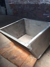 Farmhouse Single Laundry Concrete Sink With  Washboard Vintage Industrial