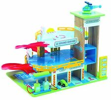 Le Grande Garage Wooden Toy LTV439