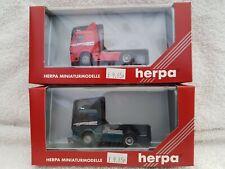 Herpa 1/87 Scale 143158 Mercedes Benz Red & Green Version Trucks