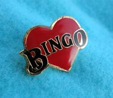 ZP38a I Love Bingo lapel pin badge Heart