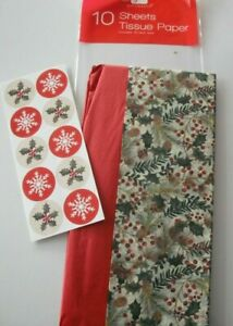 10 Sheets of Christmas Tissue Paper Gift Wrap Holly Leaf Red Berry +10 Seal Tabs