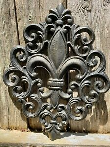Lg. Cast Iron FLEUR DE LIS Plaque ~Black /Gold Accent ~ Wall Decor~ Rustic