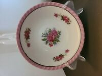 """VINTAGE PINK AND WHITE  WITH ROSES 8""""  SERVING BOWL"""