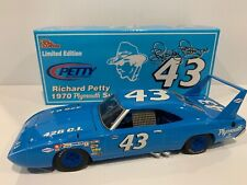 1970 #43 Richard Petty  Plymouth Superbird 1/1002