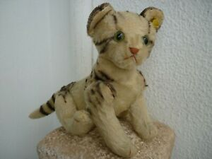 vintage Steiff,kitty cat,glass eyes,swivel head,jointed limbs,button & label