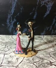 Summit Day Of The Dead Coll. 7891 skeleton Couple Holding Hands Figurine. Nib
