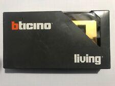 Placca  BTICINO LIVING 4714BR in metallo pressofuso 4 posti BRONZO