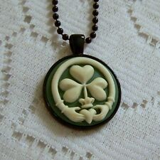CLADDAGH PENDANT CAMEO NECKLACE - GREEN IRISH CELTIC HERITAGE - ST PATRICK'S DAY