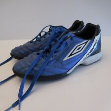 Paire de chaussures de football Camisa CRUZEIRO UMBRO taille 42 made in Vietnam