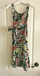 CAbi - #898 Summer Breezy Floral Reversible Fit & Flare Dress Size Small