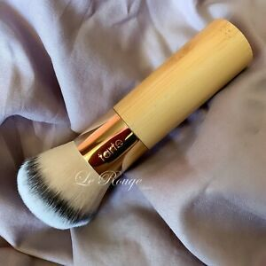 Tarte the Buffer Airbrush Finish Bamboo Foundation powder Brush unboxed
