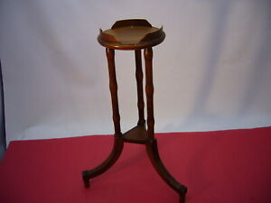 """Vtg Brandt 7706 Plant Display Table Stand Wooden Turned spindles 20"""" Tall"""