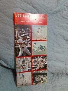 Los Angelos Dodgers 1971 Press-Radio-Television Guide