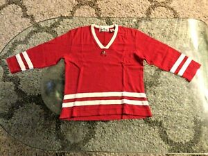 Tampa Bay Buccaneers Red V-neck 3/4 Sleeve Shirt Ladies Medium Petite Antigua