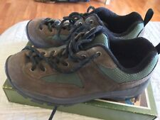VASQUE Women's Vintage Low Hiking Approach Trail Shoe Boot Size 8 Good Shape