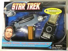 Mw503. Star Trek Gold Communicator and Phaser 2-Pack Ee Exclusive