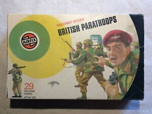 """Airfix WWII """"British Paratroopers"""" 1/32 Scale 13 Figures - Mixed Lots"""