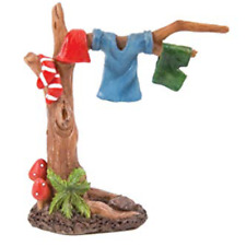 Miniature world Gnaughty Gnome clothes line