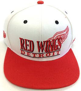 NHL Detroit Red Wings Reebok Snapback Cap Hat OSFA NEW!